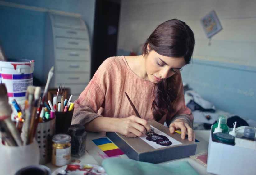 """""""6 Hobbies You Can Turn Into A Side Hustle"""""""